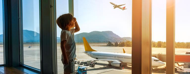 تنفق شركات الطيران والمطارات مبالغ قُدرت بـ 50 مليار دولار على تحسين تجربة المسافرين - وقد كان لذلك مردودًا جيدًا